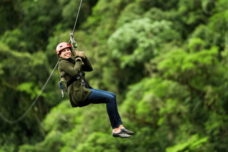 Picture of person enjoying a Costa Rica zipline tour.